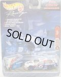 2000 HOT WHEELS RACING PIT CREW 【#6 TEAM VALVOLINE/FORD TAURUS and TOOL BOX】 WHITE-BLUE/RR