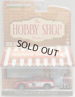 画像1: 2017 GREENLIGHT THE HOBBY SHOP S1 【2015 NISSAN GT-R WITH RACE CAR DRIVER】 RED/RR